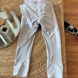 Two tone grey Lululemon crop leggings